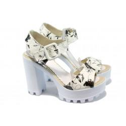 Дамски сандали на висок ток с цвятя МИ 751-1 бял-черен