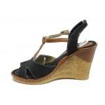 Дамски сандали на платформа МИ 25 черен