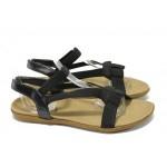 Дамски равни сандали с ластични ленти Runners 3721 черен