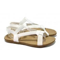 Дамски равни сандали с ластични ленти Runners 3721 бял