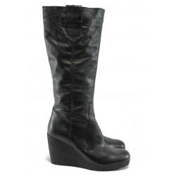Дамски ботуши на платформа от естествена кожа ГО 4391 черен