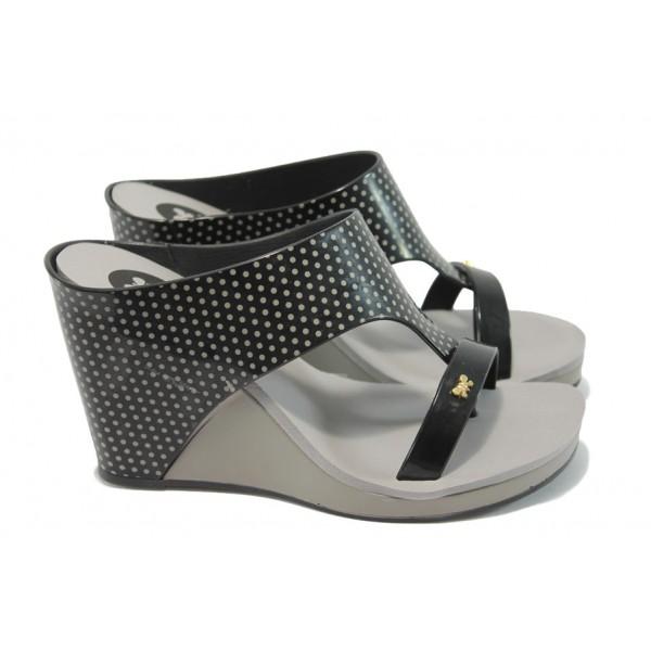 Дамски бразилски чехли на платформа ZAXY 81607 черен