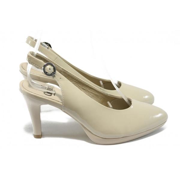 Дамски лачени обувки на висок ток Caprice 9-29604-24 бежов
