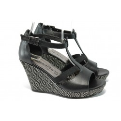 Дамски сандали на платформа от естествена кожа Tamaris 1-28352-24 черен