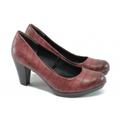 """Дамски обувки на ток с """"кроко"""" мотив Marco Tozzi 2-22420-25 бордо"""