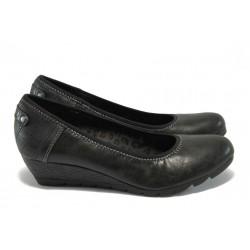 """Дамски обувки на платформа с """"мемори"""" пяна S.Oliver 5-22310-35 черен"""