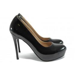 Елегантни дамски обувки МИ 019 черен лак