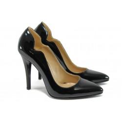Елегантни дамски обувки на висок ток МИ 15069 черен