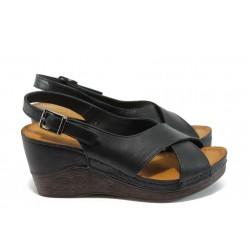 Анатомични дамски сандали на платформа МИ 04 черен