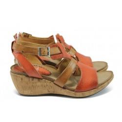 Български анатомични сандали на платформа ИО 1680 червен