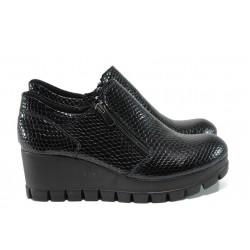 Анатомични дамски обувки на платформа МИ 300-7211 черен | Дамски обувки на платформа | MES.BG