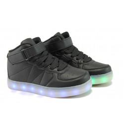 Спортни обувки тип кец със светещо ходило Runners 06951 черен 28/34