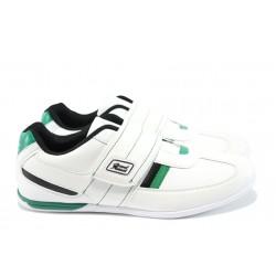 Мъжки спортни обувки с лепенки ГК 30103 бял