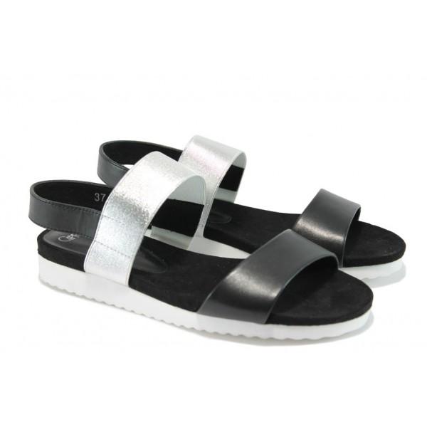 Равни дамски сандали от естествена кожа Caprice 2-28603-28 черен-сребро