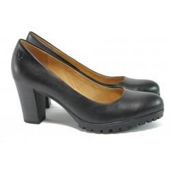 Дамски обувки от естествена кожа Caprice 9-22400-27 черен ANTISHOKK
