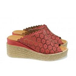 Анатомични дамски чехли от естествена кожа МИ 10 червен | Дамски чехли на платформа | MES.BG