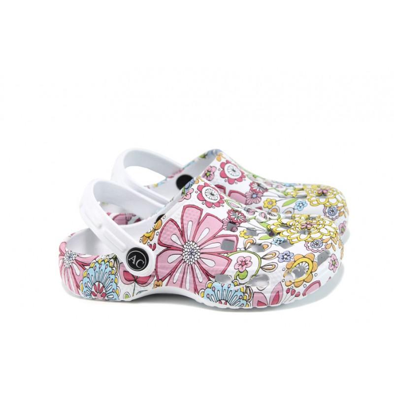 53e8dcd9424 Дамски чехли-сандали тип крокс АБ 2892 бял-цветя | Дамски гумени чехли |  MES.BG
