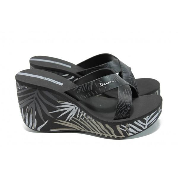 Дамски чехли на платформа Ipanema 81934 черен | Бразилски чехли и сандали | MES.BG