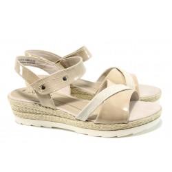 Дамски сандали на платформа Jana 8-28363-28Н бежов | Немски сандали на ток | MES.BG