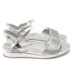 Дамски сандали с мемори пяна Marco Tozzi 2-28721-28 сребро | Равни немски сандали | MES.BG