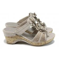 Анатомични дамски чехли на Marco Tozzi 2-27213-28 бежов | Немски чехли на ток | MES.BG
