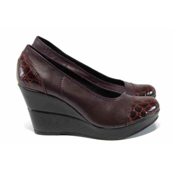Анатомични български дамски обувки от естествена кожа НЛ 140-10383 бордо кроко | Дамски обувки на платформа | MES.BG