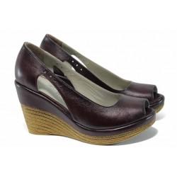 Дамски обувки от естествена кожа МИ 0573 бордо | Дамски обувки на платформа | MES.BG