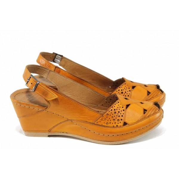 Дамски ортопедични сандали изцяло от естествена кожа КА 1516-516 оранжев   Дамски сандали на платформа   MES.BG