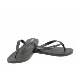 Равни дамски чехли Ipanema 82071 черен | Бразилски чехли | MES.BG