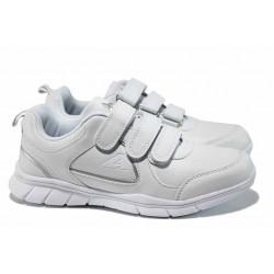 Дамски маратонки с велкро лепенки АБ 17001 бял | Дамски маратонки и платненки | MES.BG