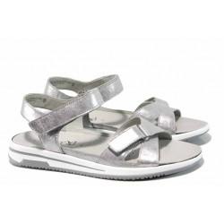 Дамски ортопедични сандали от естествена кожа Caprice 9-28610-20 сребро | Немски равни сандали | MES.BG
