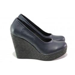 Анатомични български обувки от естествена кожа НЛ 299-96134 син | Дамски обувки на платформа | MES.BG