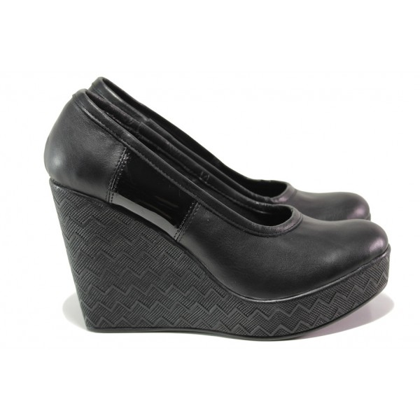 Анатомични български обувки от естествена кожа НЛ 299-96134 черен лак | Дамски обувки на платформа | MES.BG
