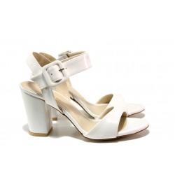 Елегантни лачени дамски сандали ФА 146-002 бял | Дамски сандали на ток | MES.BG