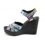 Анатомични български сандали от естествена кожа НЛ 202-96134 цветя | Дамски сандали на платформа | MES.BG