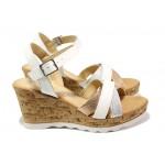 Дамски сандали от естествена кожа S.Oliver 5-28301-22 бял | Немски сандали на платформа | MES.BG