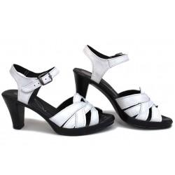 Дамски български сандали, анатомични, естествена кожа, закопчаване катарама, висок ток / НЛМ 202-6843 бял / MES.BG