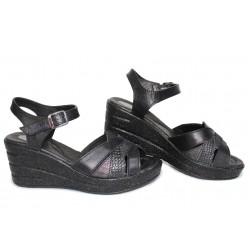 Анатомични сандали, български, дамски, платформа, естествена кожа / НЛМ 202-96145 черен питон / MES.BG