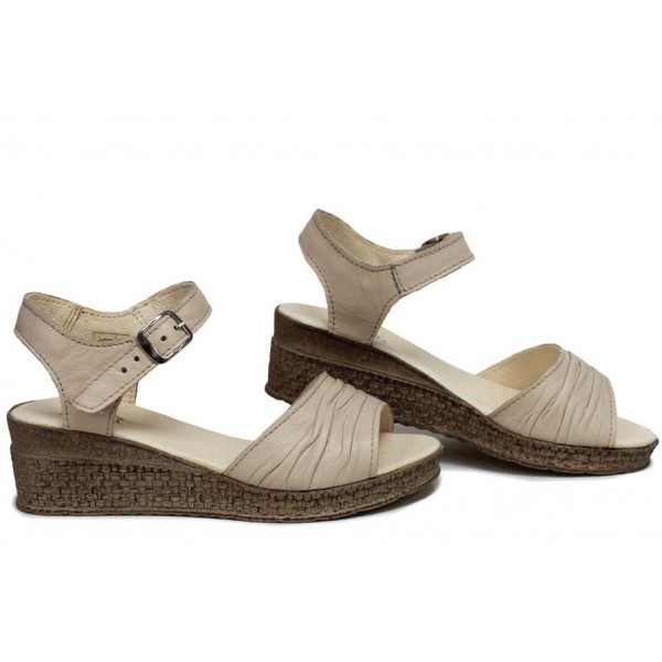 Ежедневни сандали, дамски, платформа, естествена кожа, катарама / НЛМ 239-18206 сахара / MES.BG