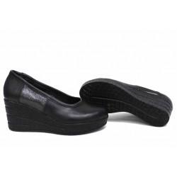 Анатомични български обувки от естествена кожа НЛМ 299-96145 черен кожа-сатен | Дамски обувки на платформа | MES.BG