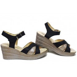 Български дамски сандали, анатомични, естествена кожа, леки, катарама / НЛМ 304-96145 син-бежов / MES.BG