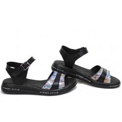 Равни дамски сандали, ежедневни, естествена кожа, катарама, анатомични / НЛМ 308-189 черен цветя / MES.BG