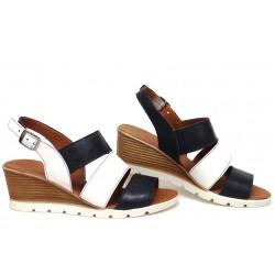Дамски сандали, естествена кожа, катарама, анатомични, платформа, стилни / НЛМ 330-96199 син-бял / MES.BG