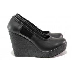 Дамски анатомични обувки, олекотена платформа, естествена кожа / Ани 299-96134 черен лак / MES.BG