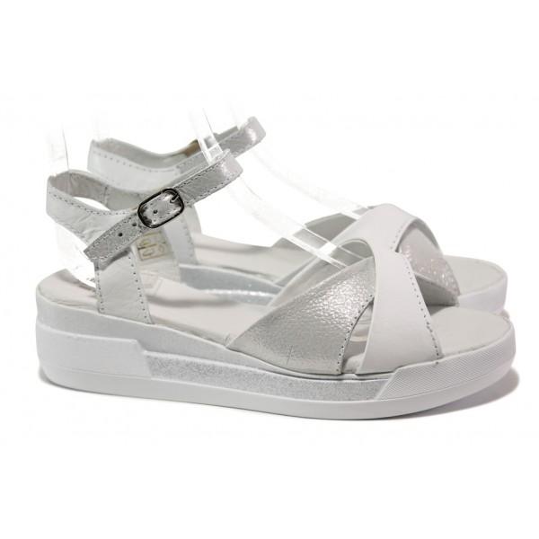 Комфортни дамски сандали, естествена кожа със сатениран ефект, платформа / Ани 240-8218 бял сатен / MES.BG