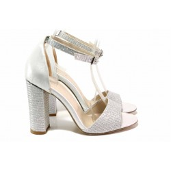 Елегантни дамски сандали, висок и стабилен ток, подвижна каишка с катарама над свода, сатенирана кожа / ФА 406-3 сребро / MES.BG