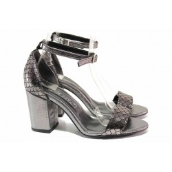 Елегантни дамски сандали, ток с удобна височина, каишка над свода, катарама / ФА 202-954 т.сребро / MES.BG