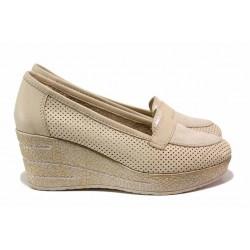 Анатомични дамски обувки, платформа, естествена кожа на перфорации / Ани 306-96145 бежов / MES.BG
