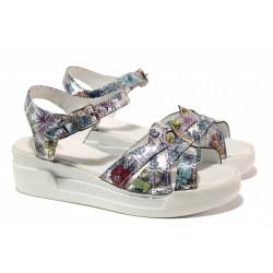 Български сандали от естествена кожа, анатомично ходило, закопчаване-катарама / Ани 202-8218 бял-цветя / MES.BG