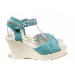 Български анатомични сандали в актуален за сезона цвят, висока платформа, естествена кожа / Ани 240-10383 тюркоаз / MES.BG